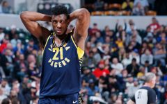 Pacer's Thaddeus Young rips jersey