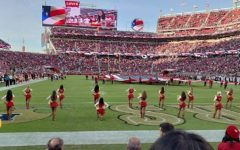 49ers cheerleader kneels during US anthem