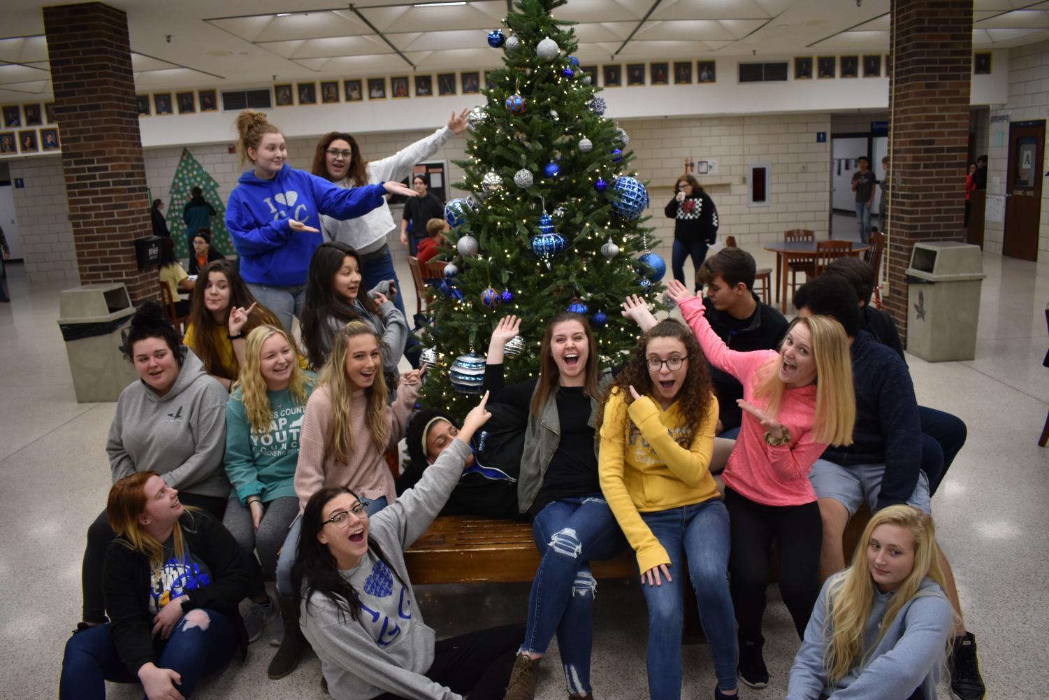 GCHS Eagle's Eye Seniors Pose with the annual commons Christmas Tree.