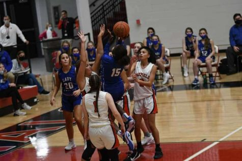Lady Eagles rise above Mayfield Cardinals, 53-39